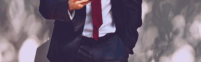 管理人の服装の定番スーツ