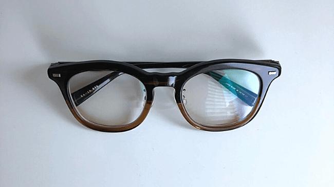 金子眼鏡のKA-18の本体