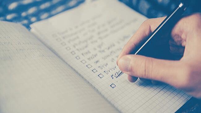 重要なポイントやルールを記載したノート
