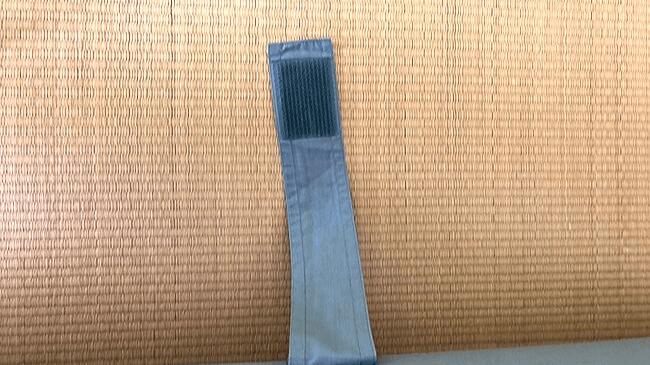 西川エアーのマットレスをメンテナンスに使用するマジックテープ
