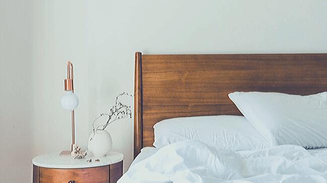 一度寝たあとの枕は自分の匂いを知るためのヒントになる
