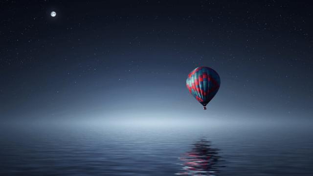 人と関わりたくない旅人が気球で旅行しているところ