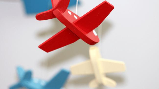 出張で使う飛行機の模型