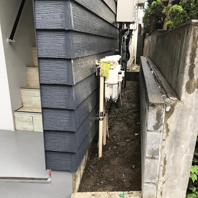 雑草の駆除を行った後の戸建て周辺