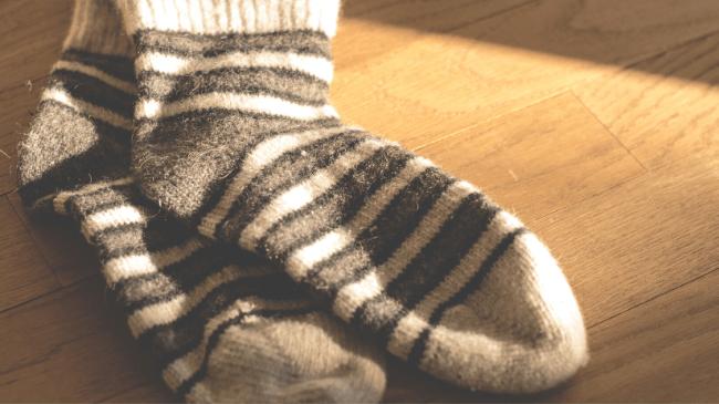 会社で足の臭いが気になる人が使用した靴下