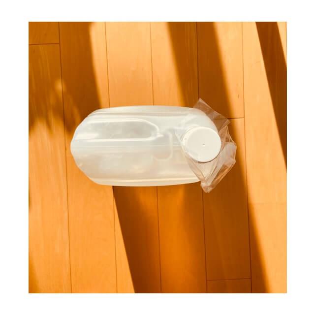 ミヨシ石鹸 無添加せっけん 泡のボディソープ 詰替え用を上から撮影したもの