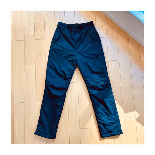 ワークマンのフィールドコアの防風防寒パンツの全体像