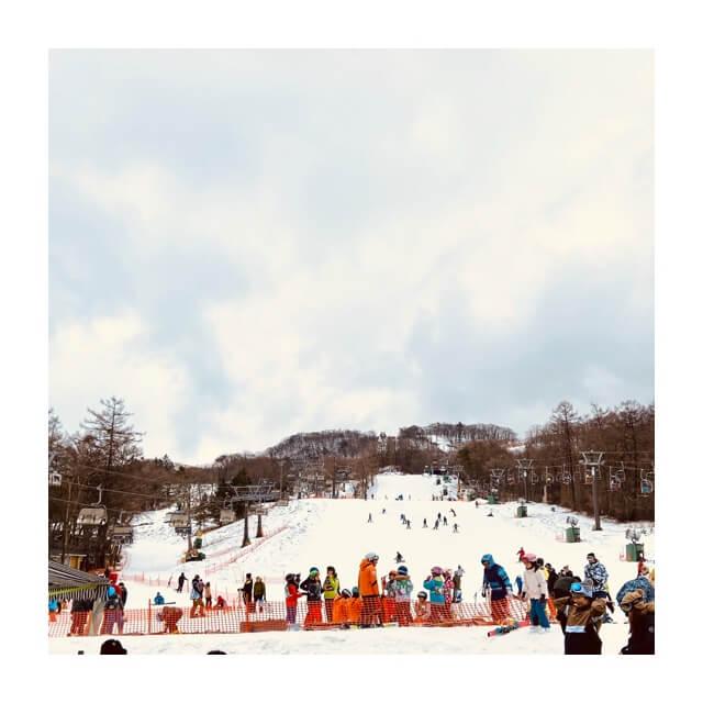 ワークマンのフィールドコアの防風防寒ジャンパーとパンツを使用したスキー場