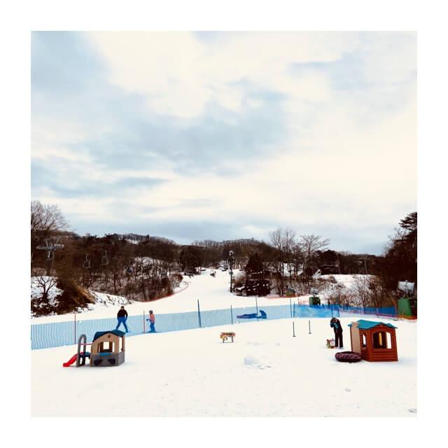 ワークマンのフィールドコアの防風防寒ジャンパーとパンツで過ごしたスキー場