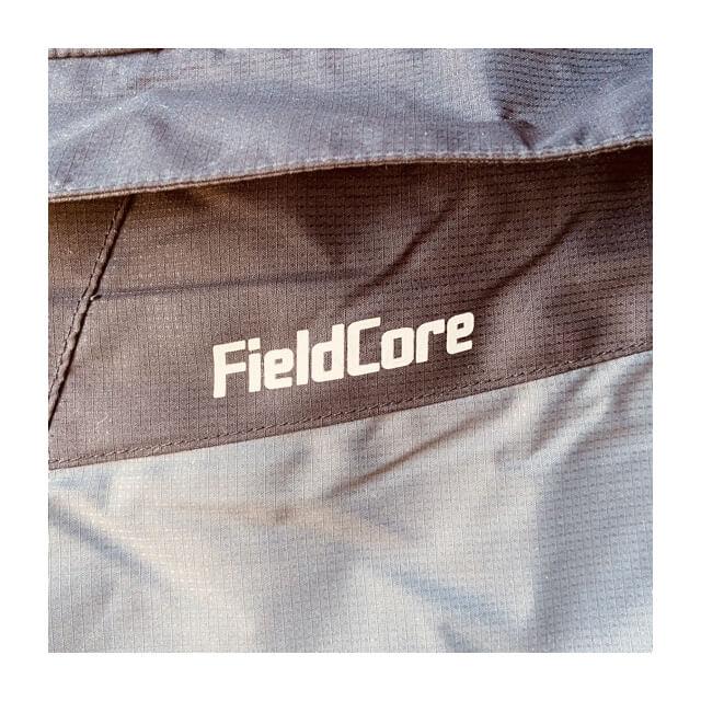ワークマンのフィールドコアの防風防寒ジャンパーのロゴ3