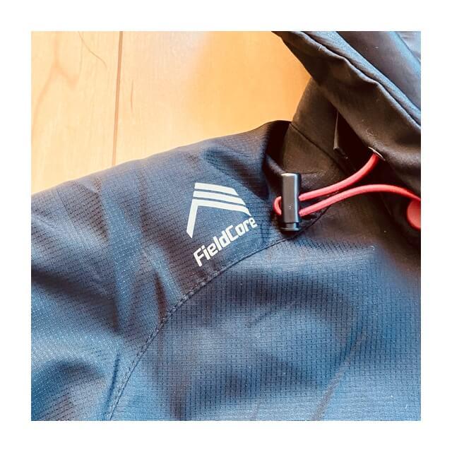 ワークマンのフィールドコアの防風防寒ジャンパーのロゴ2