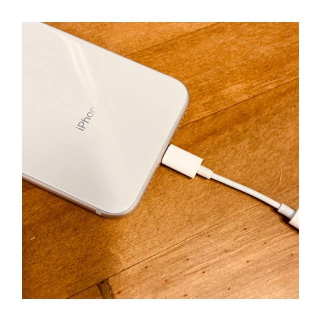 アイフォンのライトニング接続部