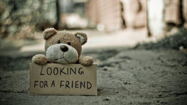 リモートワークで孤独を感じている人形