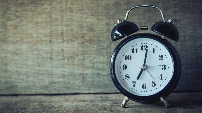 規則正しい生活に欠かせない目覚まし時計