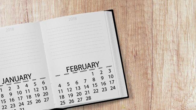 手帳に記載されたカレンダー