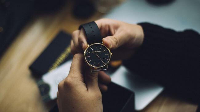 自宅で使用している腕時計のイメージ