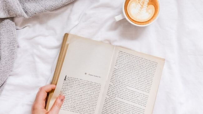 目的に合った本を読む人