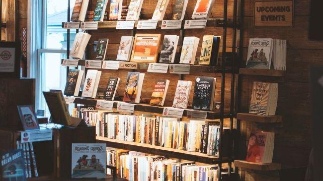 本選びに欠かせないリアルな書店