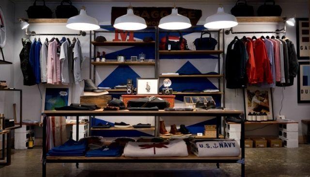 ファッションに興味のある人の部屋